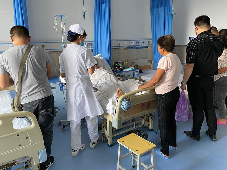 新疆兵团第六师总医院陪护床案例